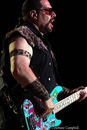 photo-mark-mendoza-animal-bassist-twisted-sister-_14