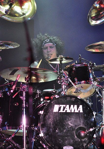 photo-a-j-pero-twisted-sister-drummer-_6