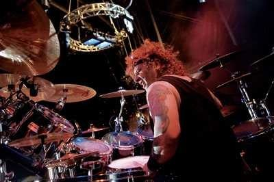 photo-a-j-pero-twisted-sister-drummer-_12