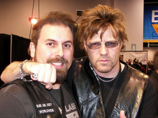 photo-jay-jay-french-guitarist-twisted-sister-_3