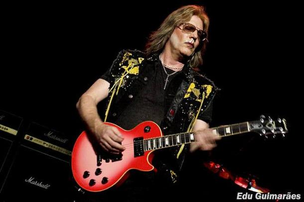 photo-jay-jay-french-guitarist-twisted-sister-_22