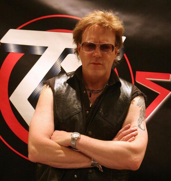 photo-jay-jay-french-guitarist-twisted-sister-_10