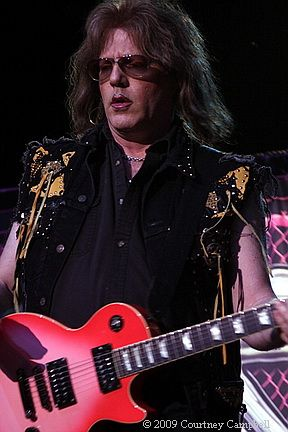 photo-jay-jay-french-guitarist-twisted-sister-_16