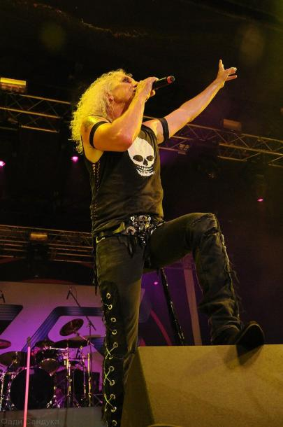 photo-twisted-sister-A-J-Pero-drummer-arena-moscow-2012