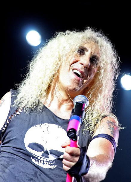 photo-Twisted-Sister-Mark-Mendoza-live-russia-2011-