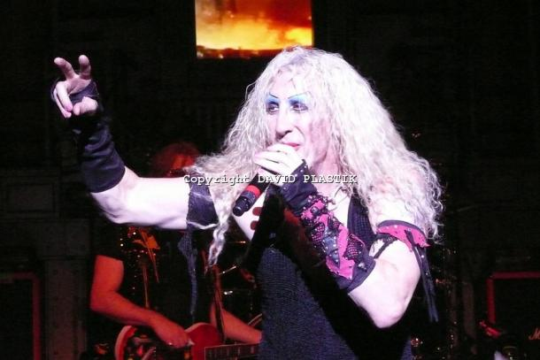 twisted-sister-live-twisted-christmas-photo--_39