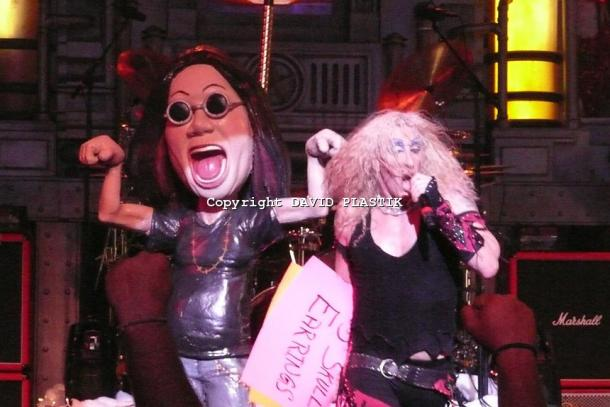 twisted-sister-live-twisted-christmas-photo--_64