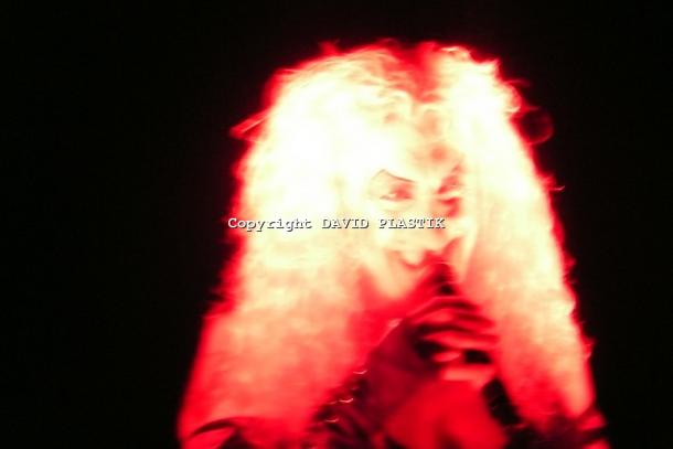 twisted-sister-live-twisted-christmas-photo--_41