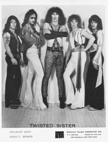 twisted-sister-early-band-photo-1972-1982-_14