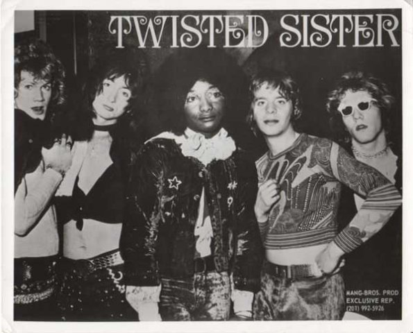 twisted-sister-early-band-photo-1972-1982-_7
