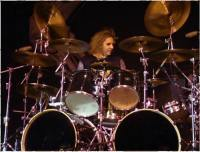 photo-a-j-pero-twisted-sister-drummer-_23