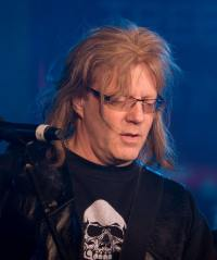 photo-jay-jay-french-guitarist-twisted-sister-_29