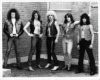 twisted-sister-early-band-photo-1972-1982-_17