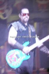 twisted-sister-live-twisted-christmas-photo--_4