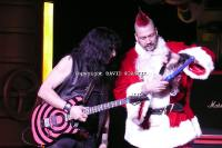 twisted-sister-live-twisted-christmas-photo--_57