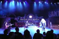 twisted-sister-live-twisted-christmas-photo--_33