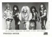 twisted-sister-early-band-photo-1972-1982-_19