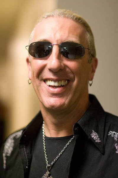 Биография Ди Снайдера (Dee Snider) лидера группы Twisted Sister  (Interview Dee Snider vocal and songwriter Twisted Sister biography)